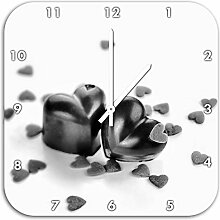 Monocrome, Schokoladenherzchen, Wanduhr Durchmesser 48cm mit weißen spitzen Zeigern und Ziffernblatt, Dekoartikel, Designuhr, Aluverbund sehr schön für Wohnzimmer, Kinderzimmer, Arbeitszimmer