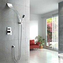 Mordern Wasserfall-Duscharmatur-Set mit eckigen