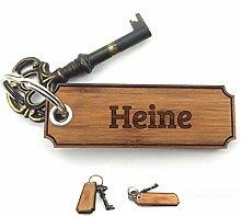 Mr. & Mrs. Panda Schlüsselanhänger Nachname Heine Classic Gravur - 100% handgefertigt aus Bambus Holz - Anhänger, Geschenk, Nachname, Name, Initialien, Graviert, Gravur, Schlüsselbund, handmade, exklusiv