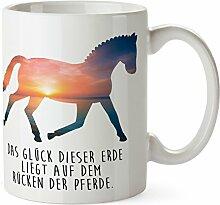 Mr. & Mrs. Panda Tasse Dressurpferd - 100% handmade in Norddeutschland - Pferd, Reiterferien, Pony, Dressurpferd, voltigieren, Bauernhof Tasse, Tassen, Becher, Kaffeetasse, Kaffee, Geschenkidee, Geschenk, Tee, Teetasse, Tee, Cup, Schenken, Frühstück Pferd, Reiterferien, Pony, Dressurpferd, voltigieren, Bauernhof