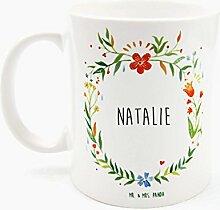 Mr. & Mrs. Panda Tasse Natalie Design Frame Barfuß Wiese - 100% handgefertigt aus Keramik Holz - Anhänger, Geschenk, Vorname, Name, Initialien, Graviert, Gravur, Schlüsselbund, handmade, exklusiv