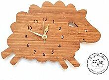 Mr. & Mrs. Panda Wanduhr Schaf - 100% handmade in Norddeutschland - Schaf, Bauernhof, Hof, Tier, Tiere Wanduhr, Uhr, Kinderuhr, Kinderzimmer, Wanddeko, Deko, Geschenk, Clock, modern, Schenken, Zeit, Einrichten, Uhrwerk, Wohnzimmer, Holz