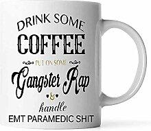 NA Trinken Sie etwas Kaffee auf Gangster Rap und
