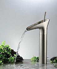 Nickel gebürstet Wasserfall Badezimmer Wasserhahn Mischbatterie