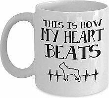 Niedliche Tasse Bostons Terrier - dieses ist, wie