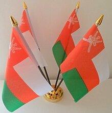 Oman Omani 4Flagge Desktop Tisch Display mit Goldfarbenem Rahmen