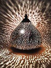 Orientalische kleine Tischlampe Lampe Roya 23cm Silber   Marokkanische Tischlampen klein aus Metall, Lampenschirm silberfarben   Nachttischlampe modern, für Vintage, Retro & Landhaus Stil Design
