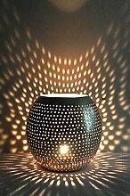 Orientalisches Windlicht Laterne orientalisch Layka 12cm Groß Silber | Orientalische Vintage Teelichthalter Silberfarben innen und außen | Marokkanische Windlichter aus Metall als Ostern Dekoration