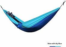 Outdoor Ultra-light Reise-Hängematte 275 x 140 cm aus Fallschirm-Seide Belastbarkeit bis 250 kg im Set mit Befestigung(2 Karabiner und 2 Seile) in vielen Farben-Reise, Camping, Garten, Trekking, Strand, Travel-Hammock (Blau mit Himmelblau)