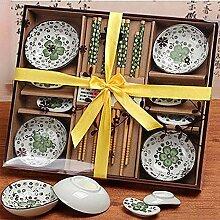 Paelf Keramikgeschirr, Bambuseßstäbchen,
