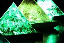 Panotophia Orgonit Lampe Pyramide RGB LED mit der