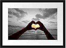 Picati Hände zu einem Herz geformt Bilderrahmen