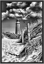 Picati Schöner Leuchtturm am Strand im