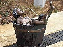 pompidu-living Junge im Badezuber (Holzbottich),