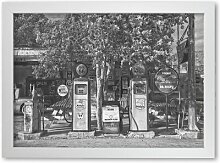 Poster Retro Tankstelle East Urban Home Format:
