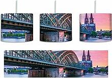 Prächtige Hohenzollernbrücke in Köln inkl.