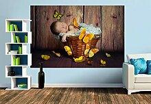Premium Foto-Tapete Baby mit Schmetterlingen
