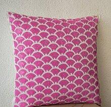Pretty Pink Kissenbezug mit Pailletten, mit gesticktem Wellen in Sashiko Muster–Pink Kissenhülle mit Reißverschluss–Handarbeit und Hand bestickt dekorative Kissenhülle–Geschenke für Hochzeit, Jahrestag, Einzugs, Weihnachten, Seide, rose, 60 x 60 cm