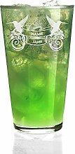 Privatglas Cocktailglas mit Gravur des Namens und Geburtsjahr im karibischem Design
