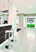PVC Bodenbelag in glänzendem Fliesen- Design