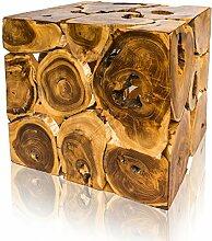 Quadratischer Natur-Couchtisch aus hochwertigem Teak-Holz – handmade und universell einsetzbar als Beistelltisch, Sitzwürfel, Hocker, Nachttisch für Wohnzimmer, Schlaf-zimmer oder die Wohnung.