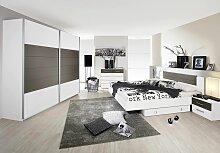 Rauch Packs Schlafzimmer Set 4-teilig Barcelona alpinweiß, Absetzung Lavagrau, Schubkommode und Rollbettkasten wählbar