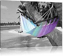 raumhafte Hängematte am Strand schwarz/weiß