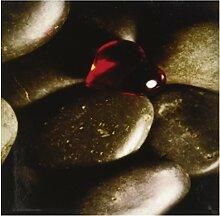 Rikki Knight Rot Glas Herz auf Pebbles Design Art