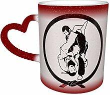 Roter Jiu Jitsu Hitzeempfindlicher Kaffee Magische