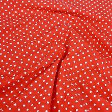 Rotes Punktmuster Poly-Baumwollgewebe Popeline Stoff 2mm Punkte Japanische QKT 4000Poly-Baumwolle Material rot-weiße Farbe Farbe Schneidern Shirts Kleidung Basteln Rot mit weißen Punkten.