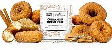 Royal Essence Duftkerze Zimt Donuts im Inneren -