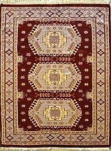 RugsTC 124 x 185 Caucasian Design Area Rug with