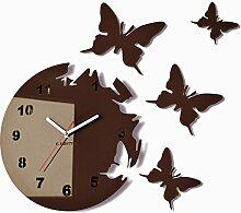 Runde und moderne Wanduhr mit Schmetterlingmotiv,