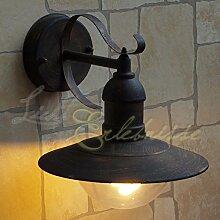 Rustikale Außenlampe in antik Gold E27 bis 60
