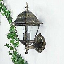 Rustikale Wandaußenleuchte Tirol in antik gold /