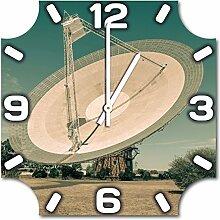 Satellitenschüssel, Design Wanduhr aus Alu Dibond zum Aufhängen, 30 cm Durchmesser, schmale Zeiger, schöne und moderne Wand Dekoration, mit qualitativem Quartz Uhrwerk