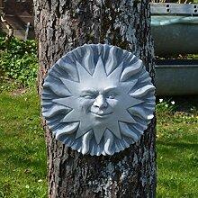 Schöne Wanddeko Sonne aus Steinguss frostfest Gartendeko Raumdeko