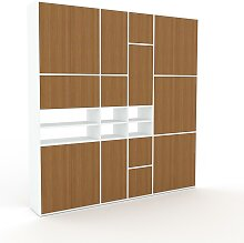 Schrankwand Eiche - Moderne Wohnwand: Türen in