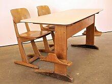 Schreibtisch und Stühle für Kinder von Casala,