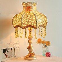 Schreibtischlampe Schlafzimmer Nachttischlampe im europäischen Stil Garten Harz geschnitzt Luxus goldene Hochzeit Dekoration
