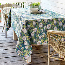 Schwedische Designer-Tischdecke feiert den Einzug