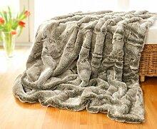 Sehr große Felldecke, Tagesdecke, Webpelzdecke Grauwolf grau-beige 260x300cm