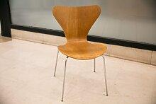 Serie 7 Stuhl aus Eiche von Arne Jacobsen für