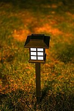 Set hochwertige Solar Garten Leuchten Laternen schwarz Kunststoff mit Erdspieß Garten Standlaternen Solar LED Solar Wegbeleuchtung schwarz (12)