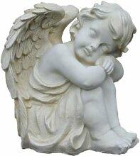 Sitzender Engel - schlafender Junge mit Flügeln