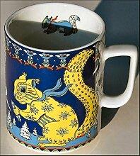 SKIA (Grundfarbe dunkelblau) Eichhörnchen BOPLA! Maxitasse 0,3l Serie Wildlife Kaffee- Tee- Glühwein- Becher, Maxi Tasse, Mug, Maxi Taza, Maxi Cup, Maxit Taza 0,3 l, 10-1/2 fl. oz. Einzelgewicht: 302g - Geeignet für alle heißen und kalten Getränke. Ihre Geschenk-Idee zum Sammeln. Platzsparend stapelbar. In verschiedenen Dekoren und Farbvariationen zur Auswahl BOPLA Porzellan kann bunt gemischt werden und es passt immer zusammen. So sieht Ihr Tisch jeden Tag anders, jeden Tag frisch aus. Ein Schweizer Qualitätsprodukt an dem Sie lange Jahre Freude haben werden