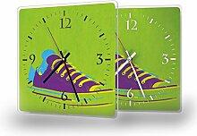Sneakers - Lautlose Wanduhr mit Fotodruck auf