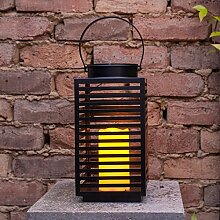 Solar Laterne Metall mit warmweißer LED Kerze 33cm hoch Lights4fun