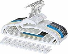 SONGMICS 50 Kleiderbügel aus Kunststoff, je 10 x in Blau, Schwarz, Grau, Weiß, Beige, mit 10 Klammern, platzsparend, mit Rutschfesten Gummi-Aufsätzen, 360° drehbarem und verchromtem Haken, CRP41M-50A