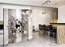 Spanischer Raumteiler mit durchbrochener Wand und